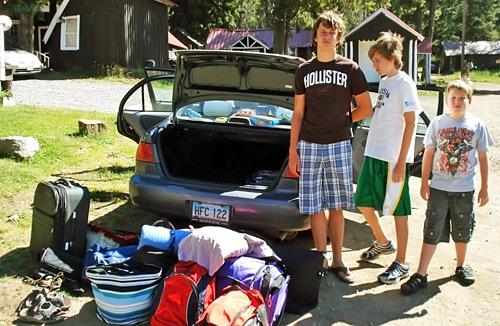 Family-vacation-car